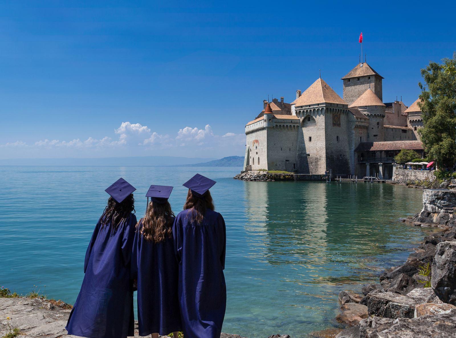 Home | Surval Montreux